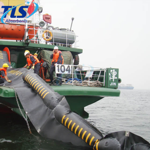 Water Rubber Inflatable Boom Red Color For Fuel Spill Control